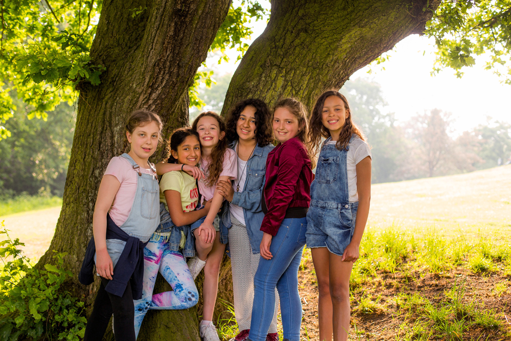 Best Friends Fun Photoshoot at North London Alexandra Palace